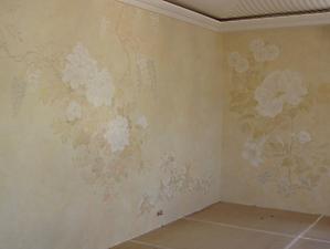033 Роспись стен спальни